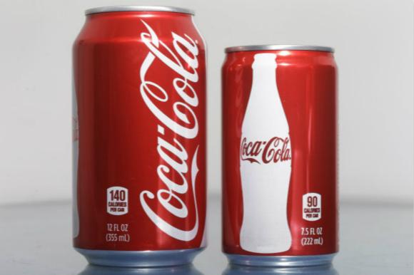 小包装可口可乐的销量表明 人们确实喜欢用包