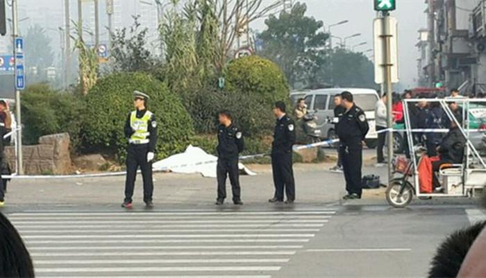 河南安阳袭警_【今日地方新闻精选榜】洛阳发生暴力袭警致1死3伤