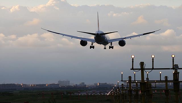 东航飞机座位分布图,上海虹桥机场发生跑道入侵不安全事件 东航两飞