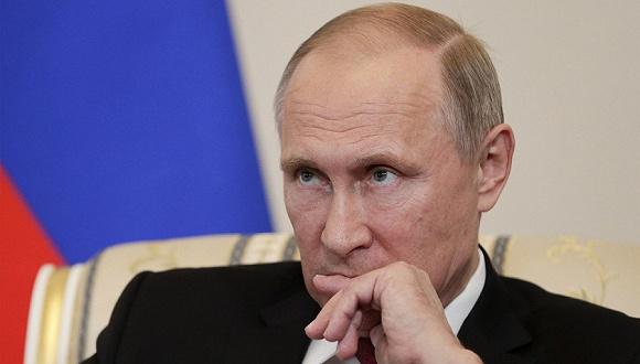 俄罗斯总统普京是在接受美国电影导演奥利弗·斯通采访时谈到