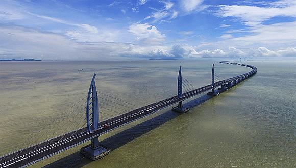"""港珠澳_【工业之美】桥梁界的""""珠穆朗玛峰"""" 港珠澳大桥使用寿命长达 ..."""