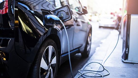 """中国似乎打算以纯电动汽车政策为""""武器"""",颠覆日本企业在汽车产业的"""