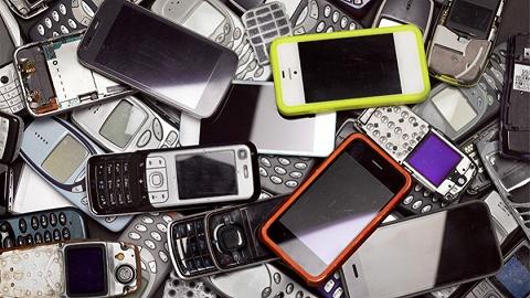 智能手机更新换代太快 手机回收也变成了好生意