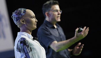 索菲亞成為首位被授予公民身份的機器人