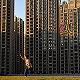 開發商雇人拉客看房,成交給提成!房價漲幅全球第一的城市怎么了