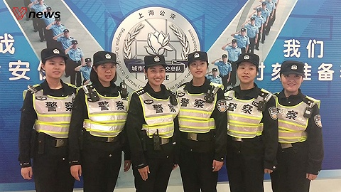 【特寫進博會】徐涇東地鐵站進入實戰 七朵警花提供多語言服務