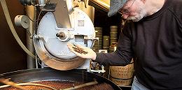 咖啡是人类生存必需品吗?瑞士:?#36127;?#27809;热量,不储备了