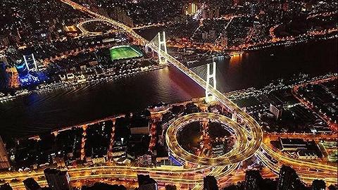 上海市区首座越江大桥——南浦大桥完成大修,历时近四年