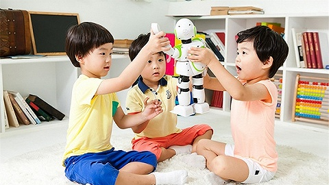 专访云知声副总?#27599;?#24658;:切入儿童机器人背后,是AI技术结合场景的客观要求