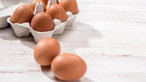 鸡蛋价格两个多月涨逾六成,超市最高卖到10元/斤
