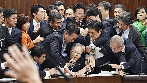去日本工作更容易了,但外国人在它眼中只是劳动力不是移民