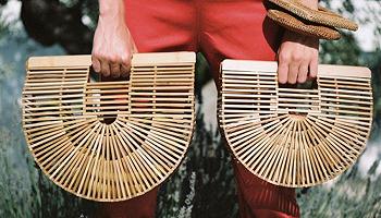 """爆款""""竹編包""""和""""珍珠包""""的設計專利現在都握在一位神秘廣東女子手中"""