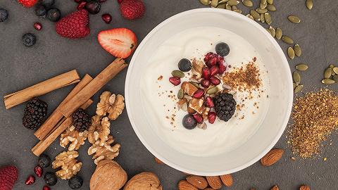 为什么今年夏天五花八门的酸奶开始多了起来?