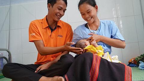 【深度】世界母乳喂養周:母乳喂養的越南經驗
