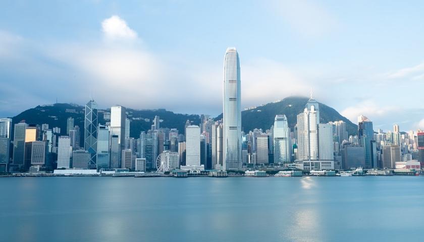 """1.希望香港特区政府和社会各界人士围绕""""止暴制乱、恢复秩序""""进一步凝聚共识并付诸行动"""