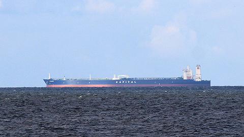 伊朗油轮在沙特附近海域两度爆炸,油轮公司:导弹很可能射自沙特
