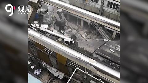 南京一棟建筑發生墻體坍塌,現場共5人已救出3人