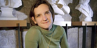 """2019诺奖得主迪弗洛:""""复活""""发展经济学的女经济学家"""
