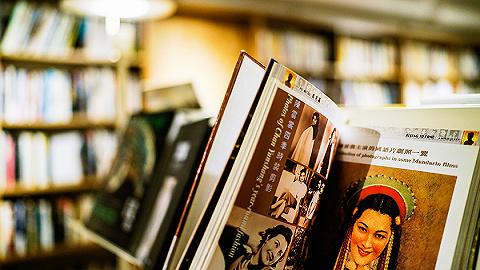 像逛超市一样买旧书:给等待被发现的二手书一次被触摸的机会