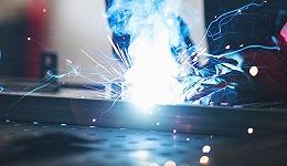 河南淮滨船厂发生爆炸事故,信阳应急局:系电焊火花与高浓度油漆气味接触导致