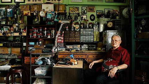 老電話、留聲機、舊唱片:新加坡的古早科技產品收藏者