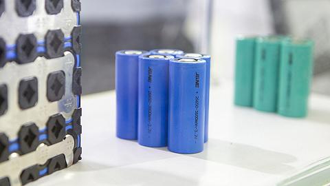 近九年全球锂电池价格下降近九成,中国市场均价最低
