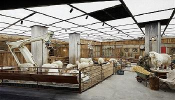 一天卖10亿的SKP在北京开了个农场,被羊围观购物是什么感觉?