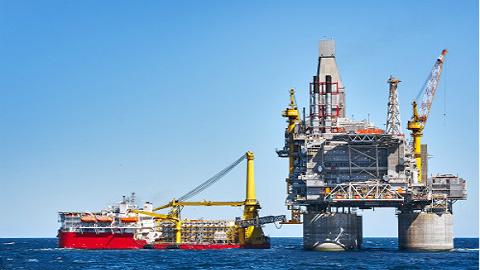 """全球最大吨位级""""海上石油工厂""""正式交付,将由青岛发往巴西"""