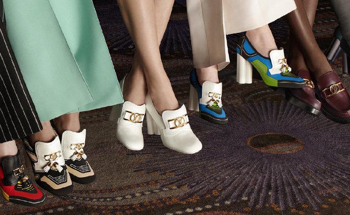 是日美好事物|LV乐福鞋呈现1900年代未来感,GUCCI雾面唇膏挑战搭配能力