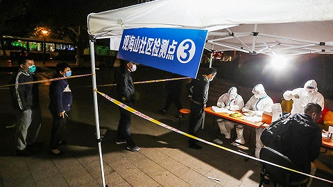 【圖集】從清晨到深夜:青島全民核酸檢測