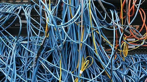 吴靖:互联网越发达,言论越少