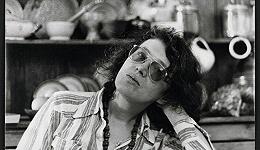 再写安吉拉·卡特:多产的作家,离经叛道的生活,存疑的女权主义者