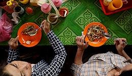 柬埔寨人的早餐透露着这个国家现代化进程中的文化变迁,哪个亚洲国家又不是呢?