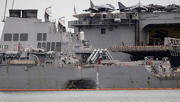 """孤立事件_太平洋舰队司令称""""麦凯恩""""号撞船非孤立事件 找到失踪船员 ..."""