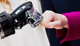下一个工业趋势是什么?  汉诺威展说智能机器人将成工人标配
