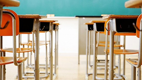 民办学校快速扩张背后:地方政府参与学校利润分成 每个学生收2000元租金