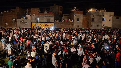 印度一火車沖入宗教慶祝人群61死 政府向家屬賠償4萬元