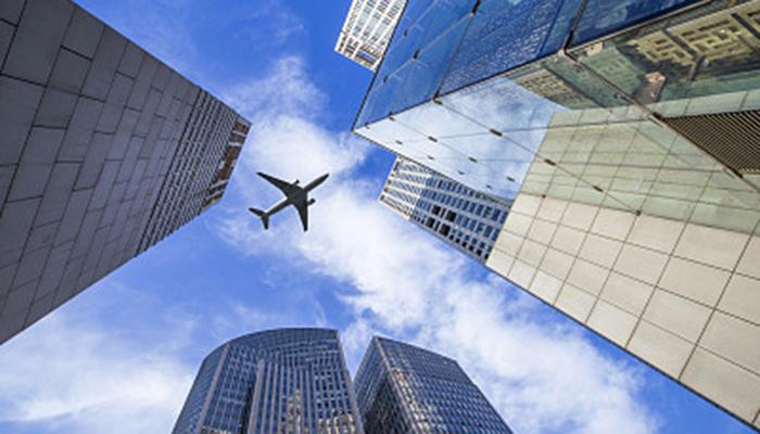 海航继续卖资产:27.5亿转手上海浦发大厦,拍卖海南新国宾馆