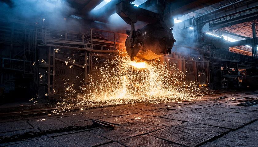 河北2018年压减炼钢、炼铁产能双降,钢铁产业结构调整或将催生结构性机会