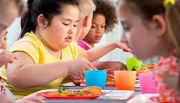 线上垃圾食品广告花样百出,世界卫生组织说会导致儿童肥胖