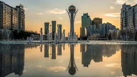 """哈萨克斯坦议会批准将首都改名为前总统名字""""努尔苏丹"""""""