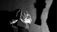 """地方新闻精选 湖南将男性纳入家暴保护对象 """"涞源反杀案""""三当事人申请国家赔偿104万"""