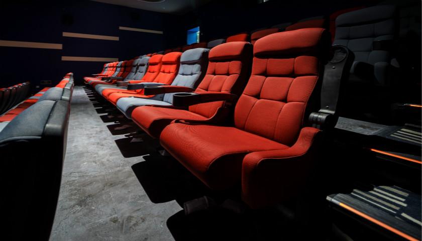 《复联4》未播先热,万达电影等传媒股能获益多少?