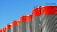 美国或结束对伊朗石油进口的制裁豁免,国际油价创近五个月新高