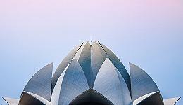 """【出国早报】迪拜加密货币房产项目暂停运营;华裔绕道加拿大""""爬藤"""";受招生丑闻影响,南加大改变招生程序"""