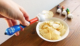 为了让你吃薯片不沾手,品牌们想了这么多花样