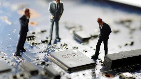 中国芯片人才缺口超30万,人均月薪10420元