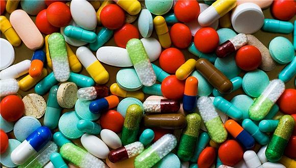 这家消化类药龙头公司一年花掉24亿销售费用,研发费用却不足3亿