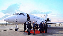 【特写】将私人飞机卖给中国老板们