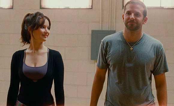 """我们总能看见好莱坞的""""老少配""""情侣,年轻的女演员总是搭配大她一轮的男演员"""